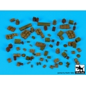 Black dog T72091 British WW II equipment accessories set