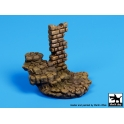 Black dog D35038 Stone stairs with column base