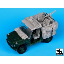 Black dog T35058 Mercedes Wolf Afganistan accessories set