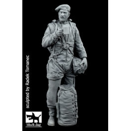 Black dog F35114 British paratrooper N°1