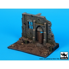 Black Dog D72053 Street with house ruin N°3 base