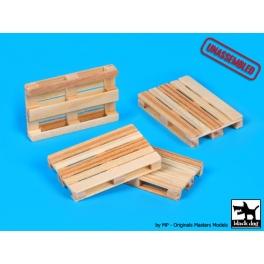 Black Dog W72001 Wooden palets 4pcs  unassemled