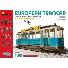 MiniArt 38009 Tramway européen avec équipage et passagers