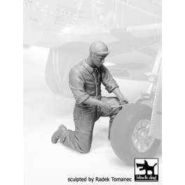 Black dog F32068 1/32 Mechanics personnel USAAF 1940-45 N°°5