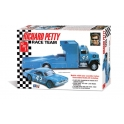 AMT 1072 - Richard Petty Race Team 1/25