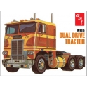 AMT 620 - White Dual Drive Tractor 1/25