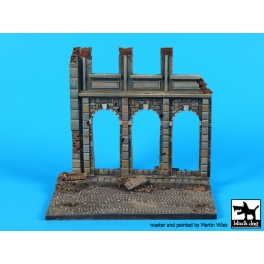 Blackdog D48002 - House ruin (Europe) base