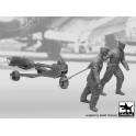 Black Dog F32088 1/32 WW II Luft.personal +b.loader + SC250 set