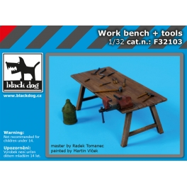 Black Dog F32103 1/32 Work bench + tools