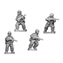 Crusader Miniatures WWG104 Fallshirmjager with SMG
