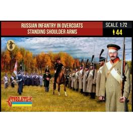 Strelets 218 Infanterie russe napoleonienne en manteau d'hiver debout arme à l'épaule