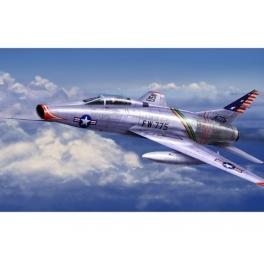 trumpeter 01648 F-100C Super Sabre