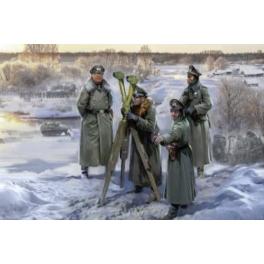 zvezda 6232 Etat major allemand tenue d'hiver 39/45
