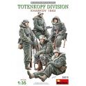 MiniArt 35075 Soldat allemands Division Totenkopf Kharkov 1943