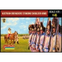 Strelets 204 Grenadiers autrichiens armes à l'épaule - Période napoléonienne