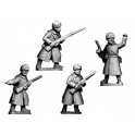 Crusader Miniatures WWR043 Russian Infantry Command in Coats and Fur Hats